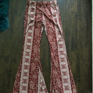 Loose flowing pants (hippy style)